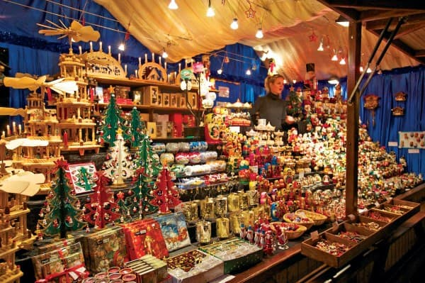 Christmas-markets-Image-for-p.3-600x399