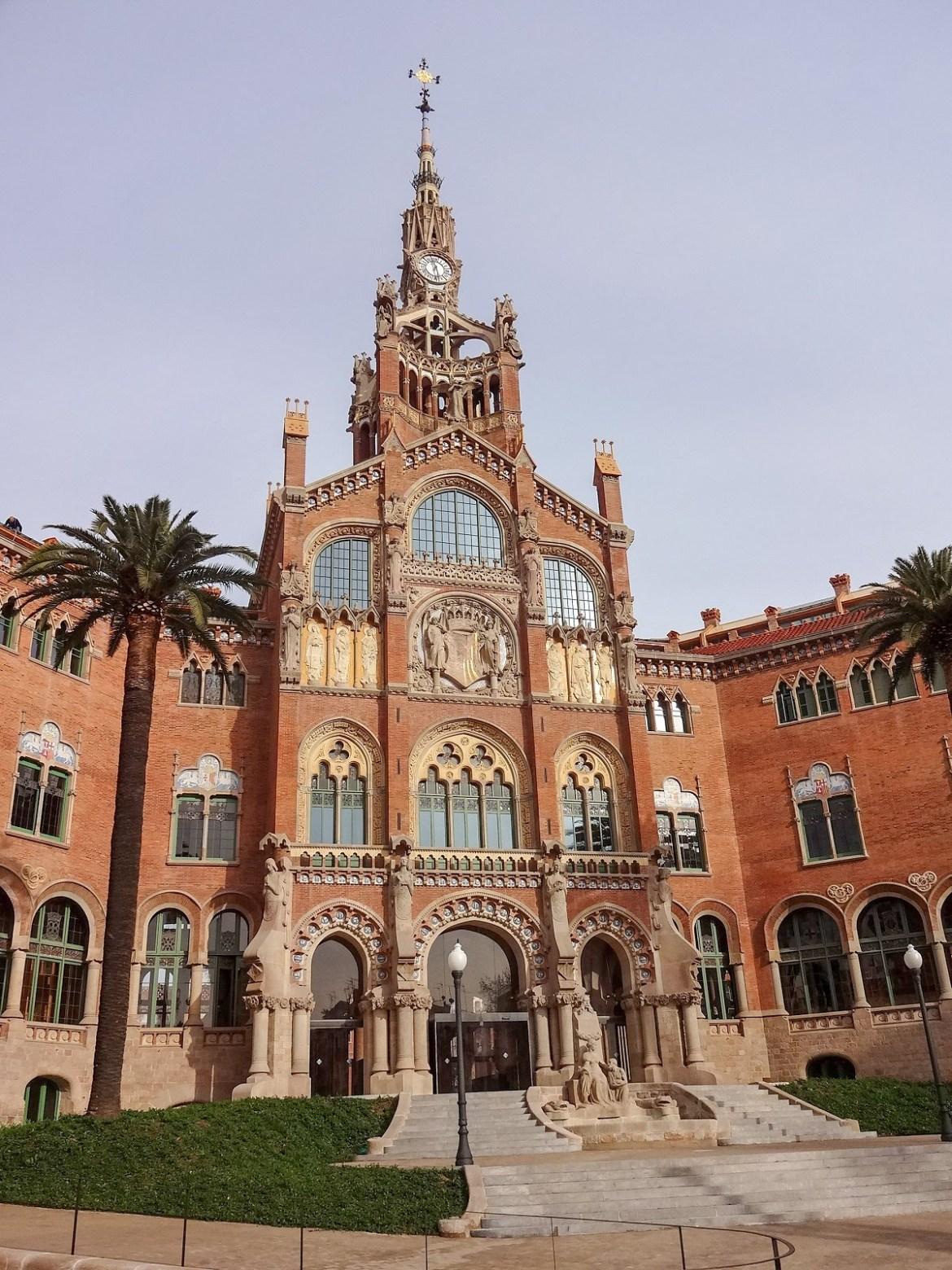 Barcelona co zwiedzić i zobaczyć szpitam św. Pawła Eixiample blog
