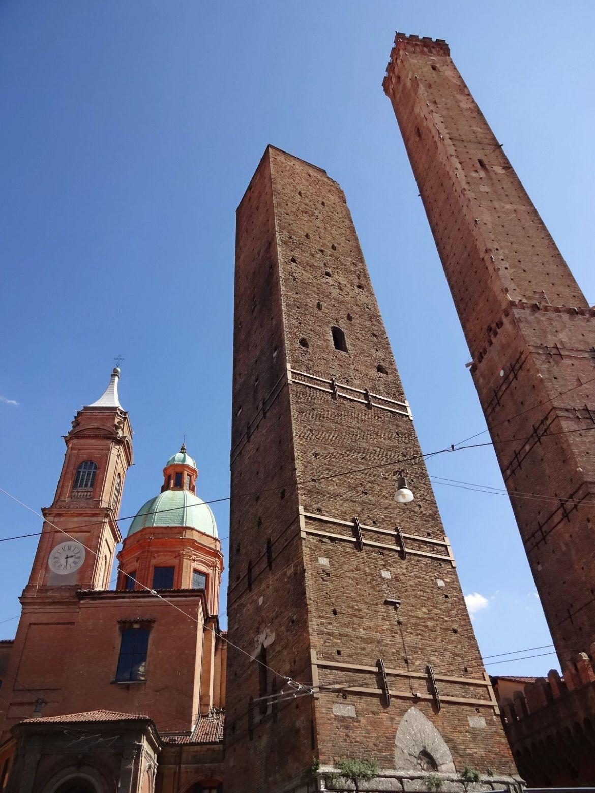 Wieże Asinelli i Garisenda