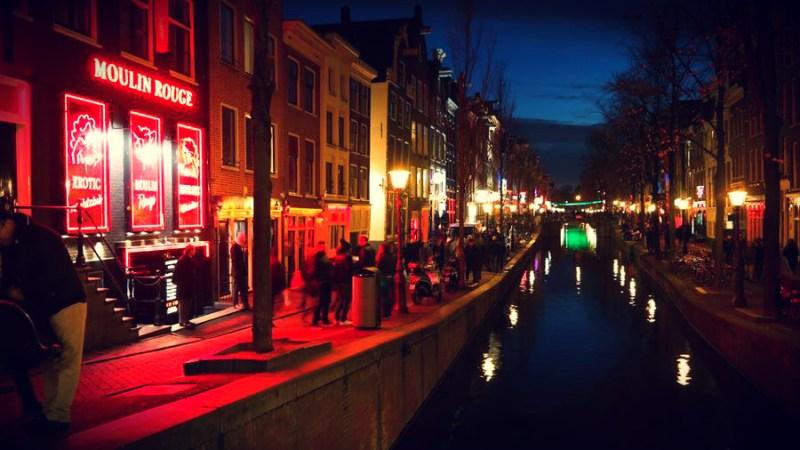 Amsterdam Red lamp dzielnica czerwonych latarni