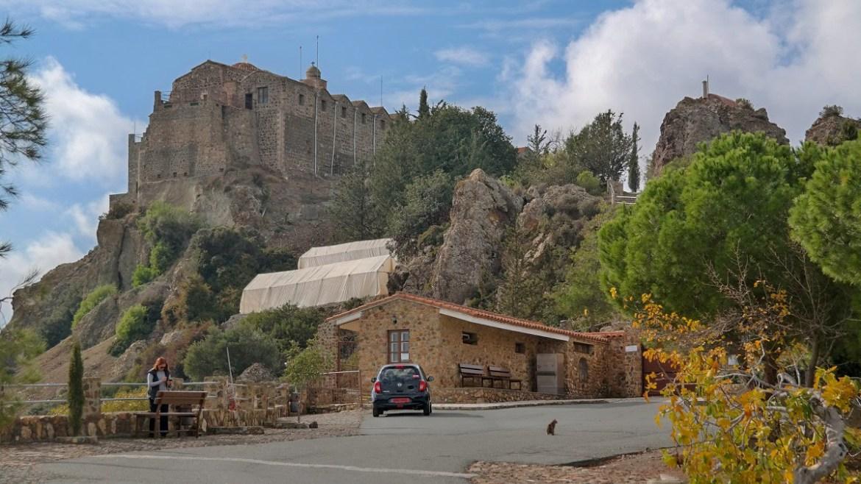Monastyr Stavrovouni Cypr Co zwiedzić i zobaczyć na cyprze