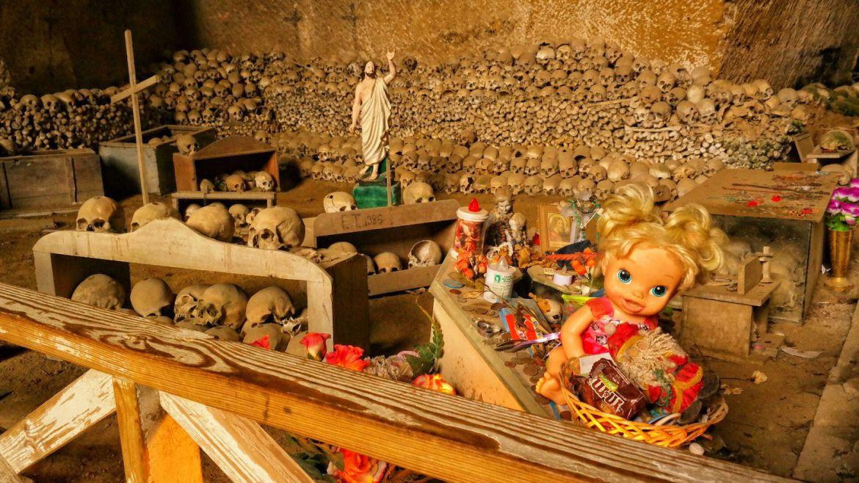 Cimitero Delle Fontanelle Neapol