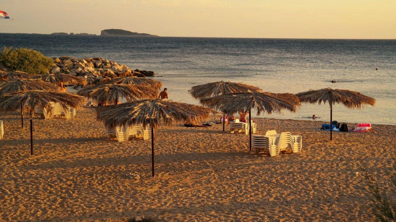 Kupari plaża Chorwacja zatoka umarłych hoteli co zwiedzić w chorwacji