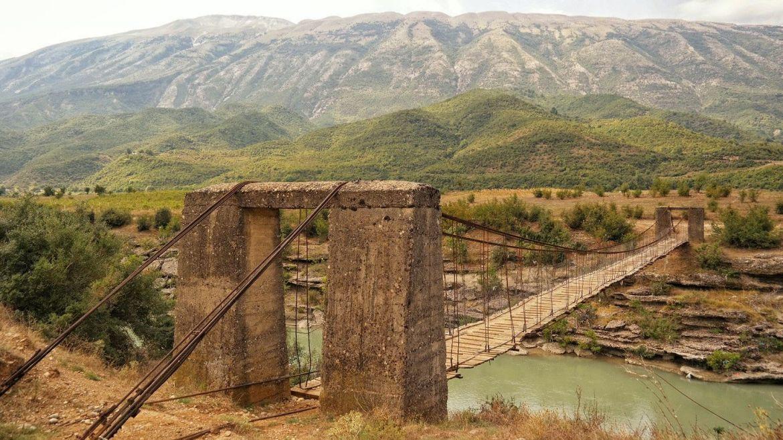 Most Albania Góry Co zobaczyc w Albanii
