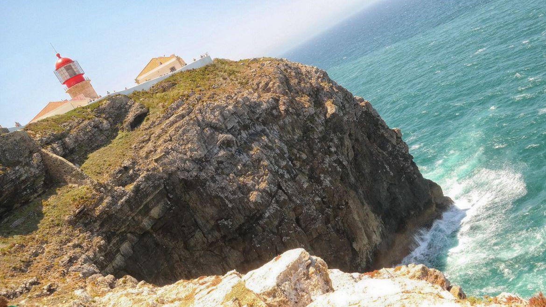 Latarnia morska Cabo de São Vicente klify Algarve zachodnie Portugalia