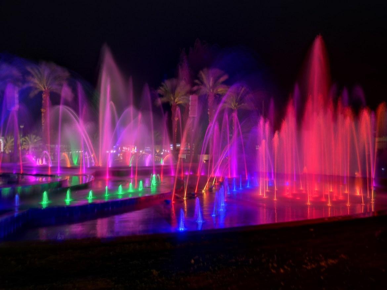 Muzyczne Fontanny Eilat noca Izrael Co zobaczyć