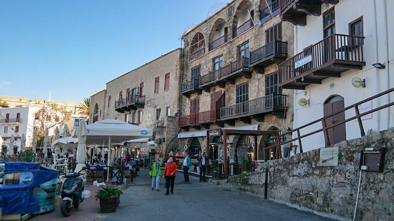 Kirynia-Cypr-północny-turecki-co-zwiedzić-i-zobaczyć-na-cyprze-zwiedzanie-cypru-blog-port