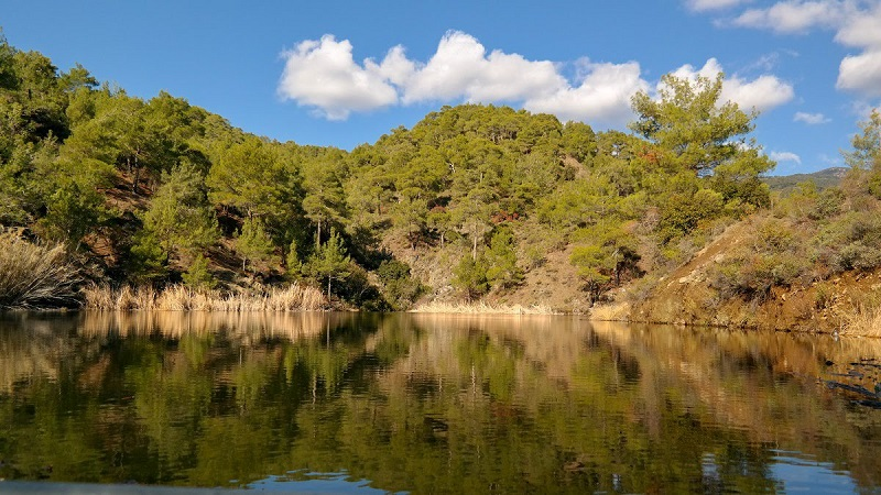 Trodos Cypr co zwiedzić i zobaczyc na cyprze blog zbiornik wodny staw tama