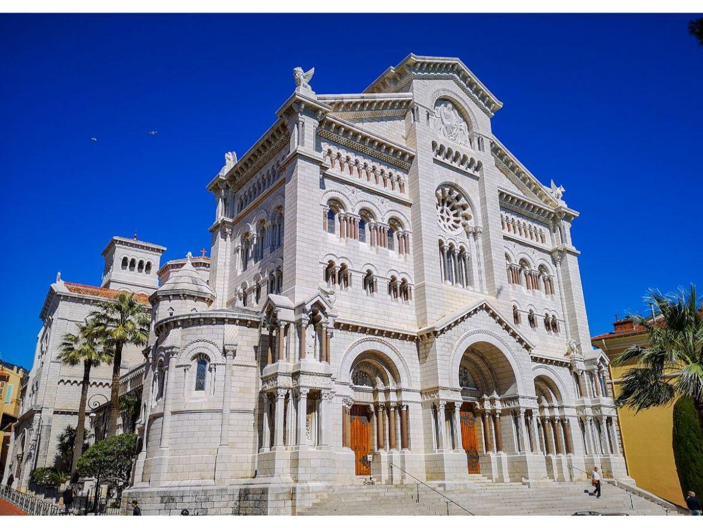 Monako co zwiedzić i zobaczyć w Monako monaco katedra sw Mikolaja w monako