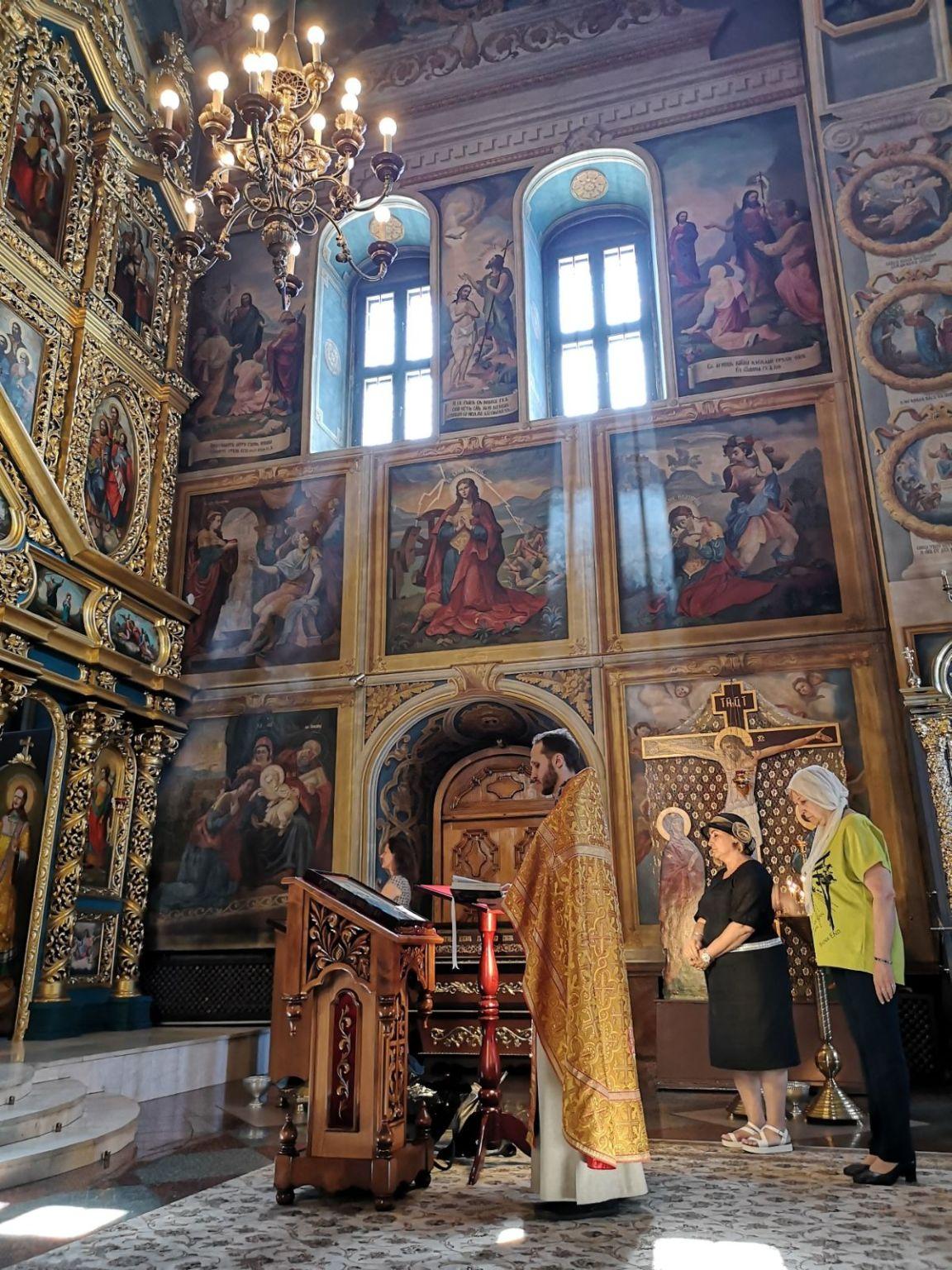 Monaster św. Michała Archanioła o Złotych Kopułach wnetrze