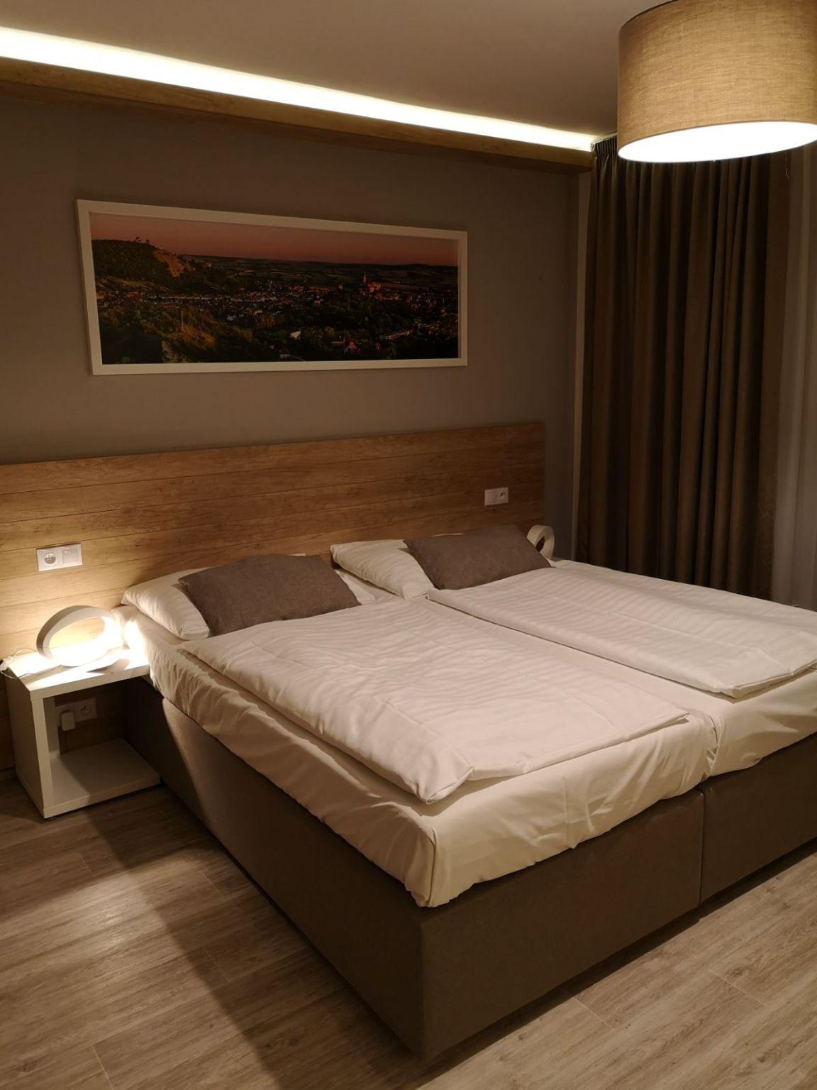 aqualand inn hotel morawy pokój