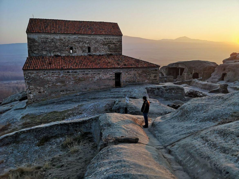 gruzja zachód slońca bazylika kościół miasto skalne uplisciche
