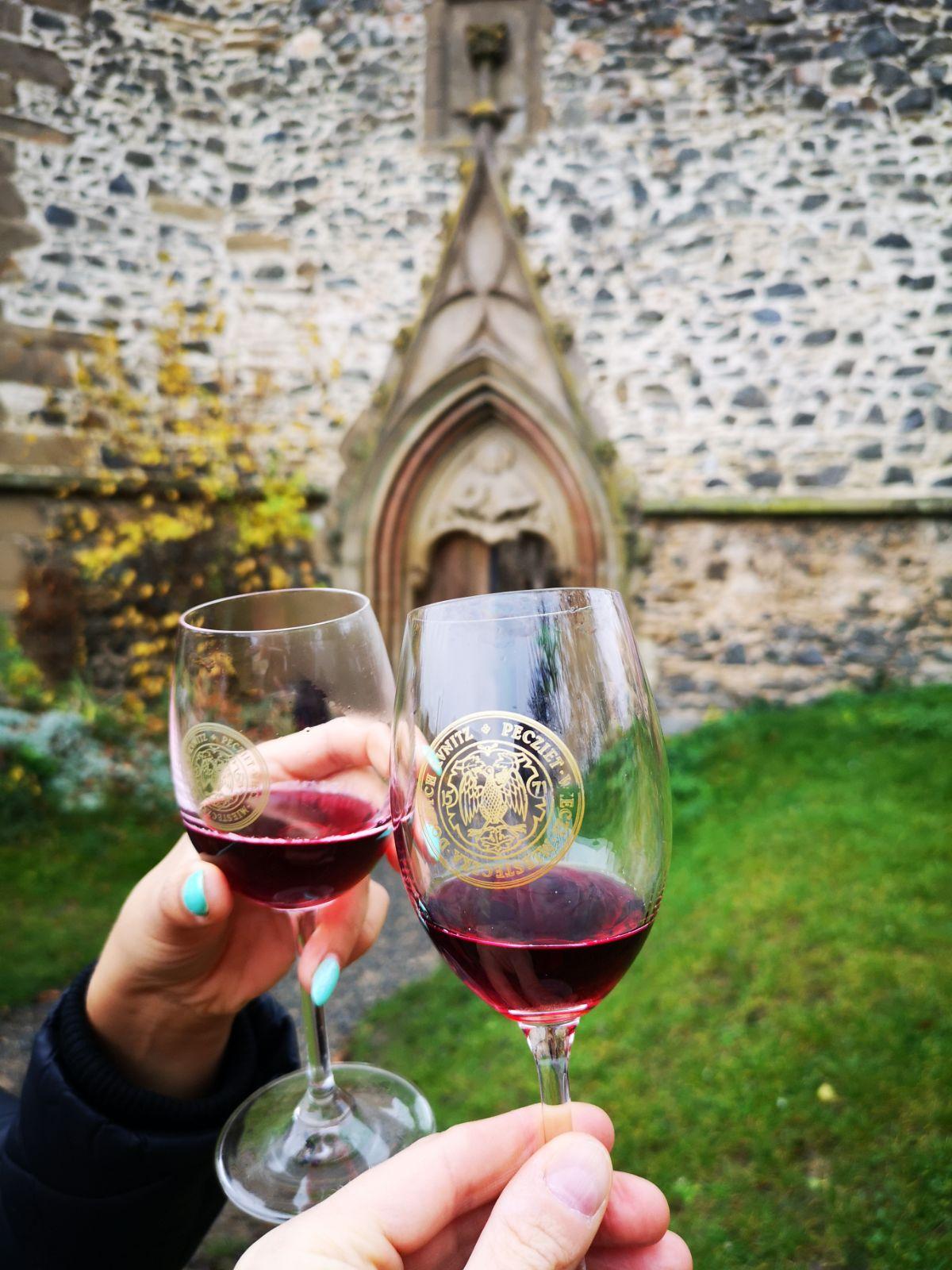 rosa coeli klasztor wino