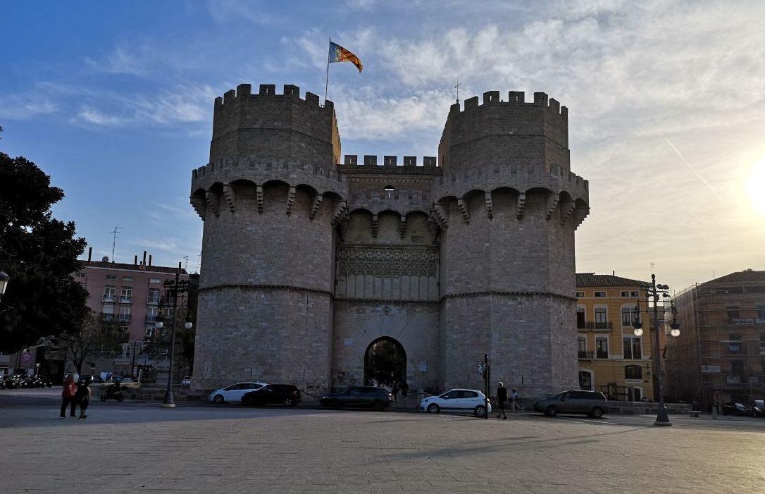 brama miejska walencja hiszpania