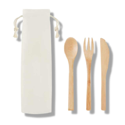 zestaw sztuccow bambusowych ekologiczne w podróż co zabrać pomysł na prezent dla podróżnika