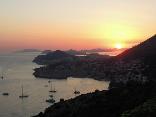 Dubrownik zachód słońca - główny cel wycieczki autem do Chorwacji