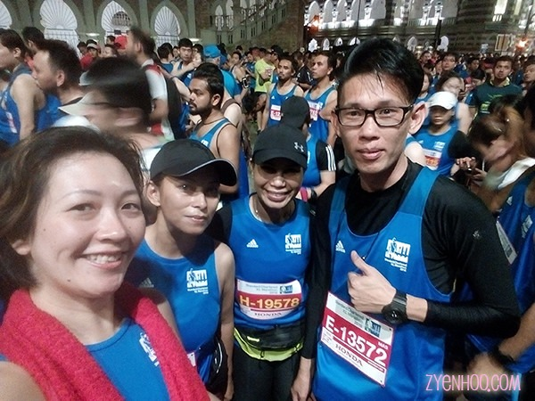 Me, Lara, Zaz, and Andrew Lee waiting at Pen 4 to flag off for our half-marathon