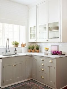 Adorable Rustic Farmhouse Kitchen Design Ideas 39