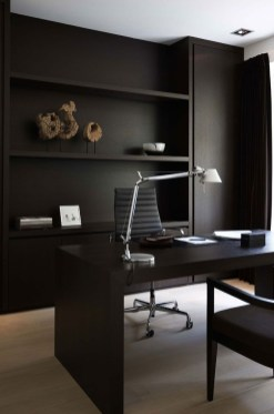 Cozy And Elegant Office Décor Ideas 19