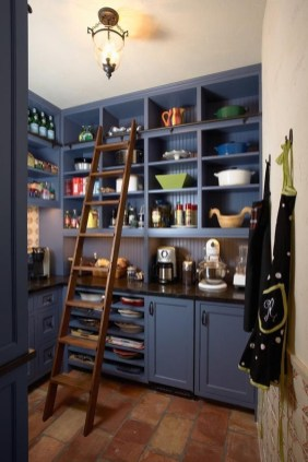 Cozy Kitchen Pantry Designs Ideas 34