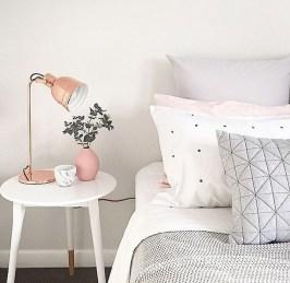 Cozy Minimalist Bedroom Design Trends Ideas 19