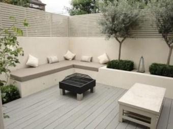 Creative DIY Patio Gardens Ideas On A Budget 25