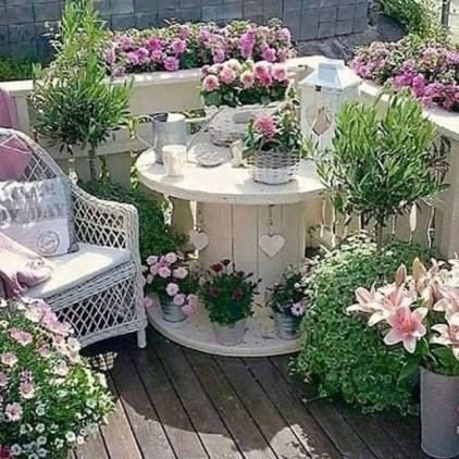 Creative Diy Small Apartment Balcony Garden Ideas 08