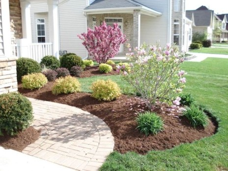 Easy And Low Maintenance Front Yard Landscaping Ideas 40