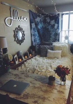 Efficient Dorm Room Organization Decor Ideas 15