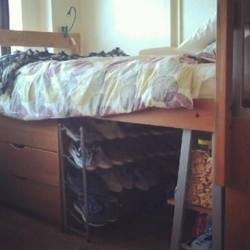Efficient Dorm Room Organization Decor Ideas 16