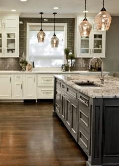 Elegant And Modern Kitchen Cabinet Design Ideas 04