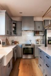 Elegant And Modern Kitchen Cabinet Design Ideas 14