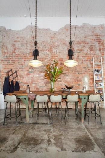 Elegant Exposed Brick Apartment Décor Ideas 48