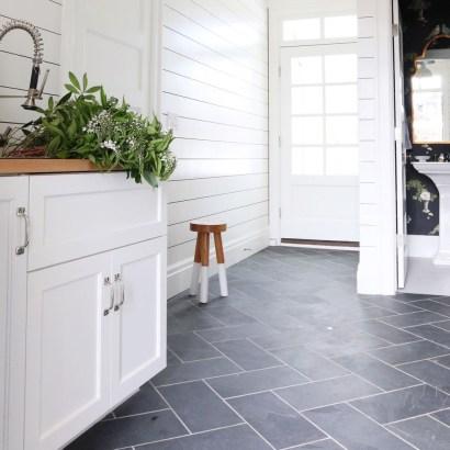 Fabulous Floor Tiles Designs Ideas For Living Room 45