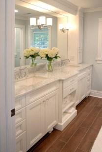 Gorgeous Bathroom Vanity Mirror Design Ideas 34