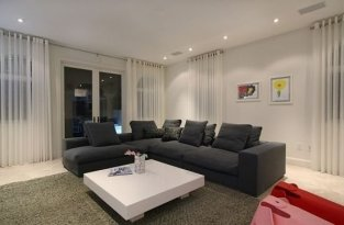 Modern Curtain Designs For Living Room 13
