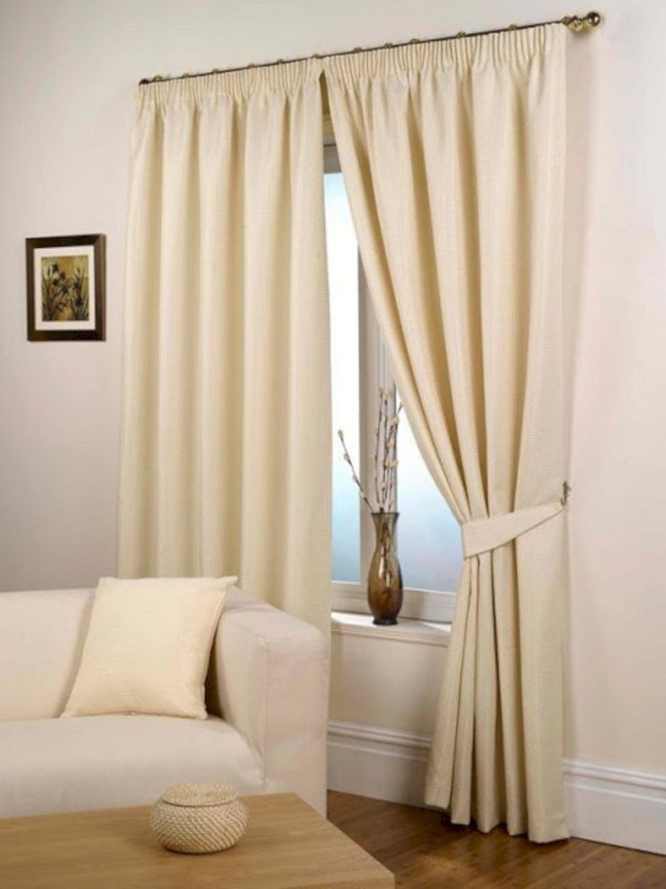 Modern Curtain Designs For Living Room 19