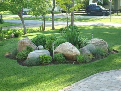 RSimple Rock Garden Decor Ideas For Front And Back Yard 27