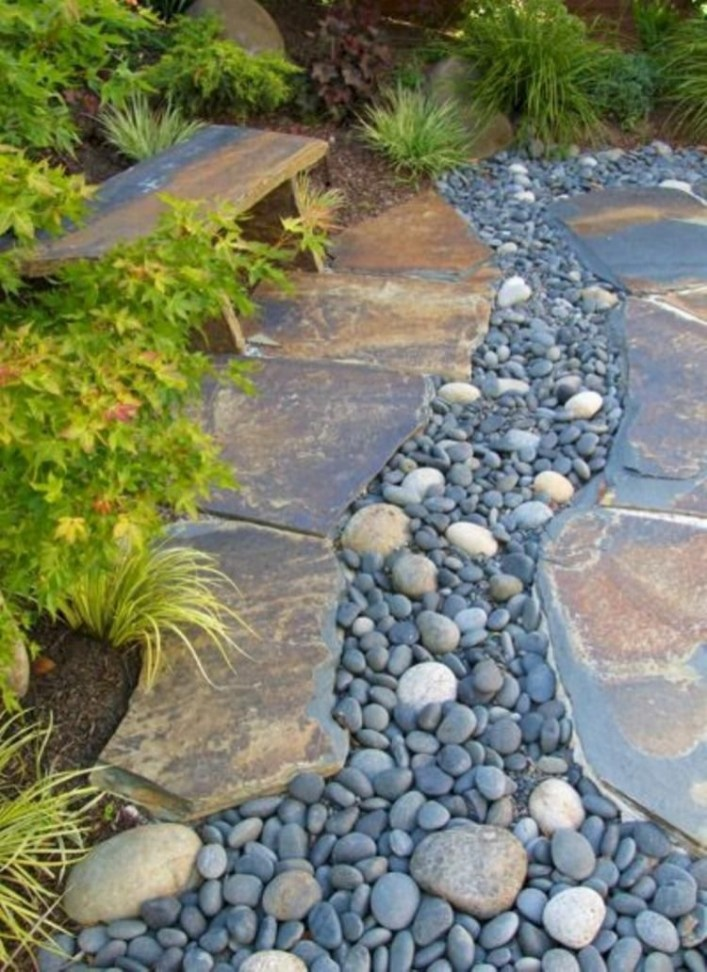 RSimple Rock Garden Decor Ideas For Front And Back Yard 30