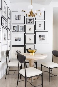 Relaxing Black And White Apartment Décor Ideas 02
