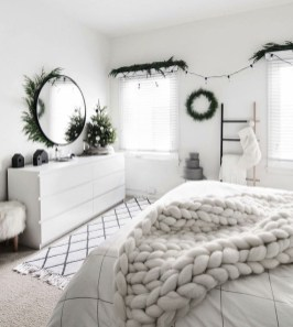 Relaxing Black And White Apartment Décor Ideas 05