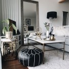 Relaxing Black And White Apartment Décor Ideas 44