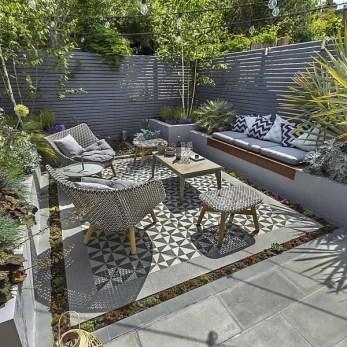 Relaxing Small Garden Design Ideas 28