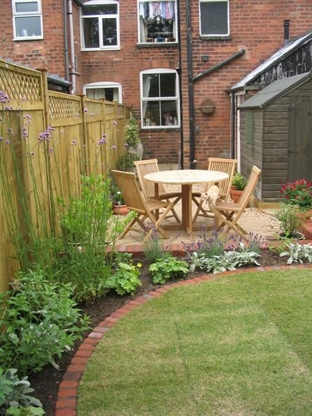 Relaxing Small Garden Design Ideas 35