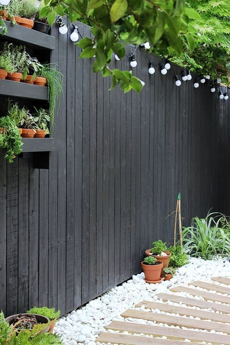 Relaxing Small Garden Design Ideas 40