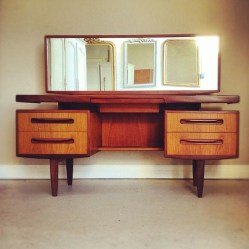 Stunning Mid Century Furniture Ideas To Makes Your Room Have Vintage Touch 22