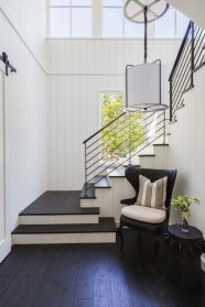 Totally Inspiring Modern Farmhouse Living Room Design Ideas 18