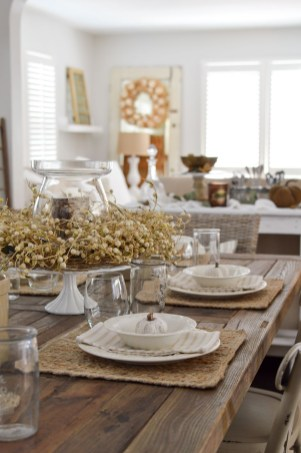 Awesome French Farmhouse Fall Table Design 33