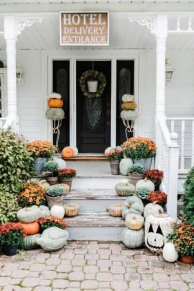 Cozy Fall Porch Farmhouse Style 40