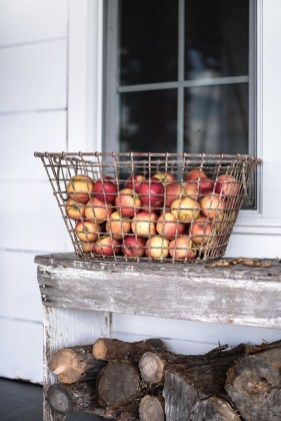 Cozy Fall Porch Farmhouse Style 41